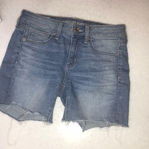 Super cute American Eagle Jean shorts